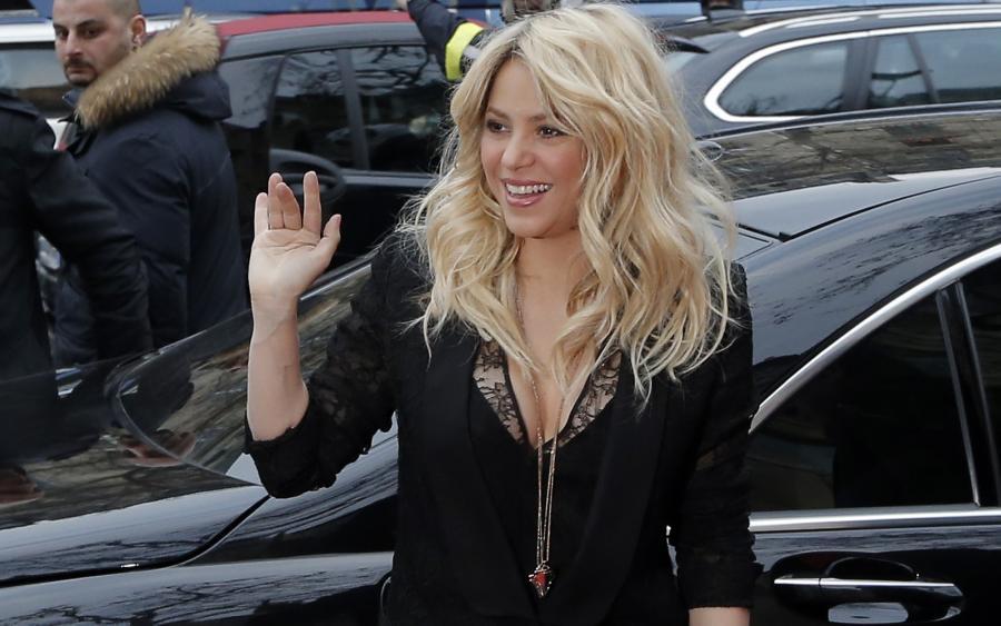 Shakira pozwana przez Antonio de la Ruę