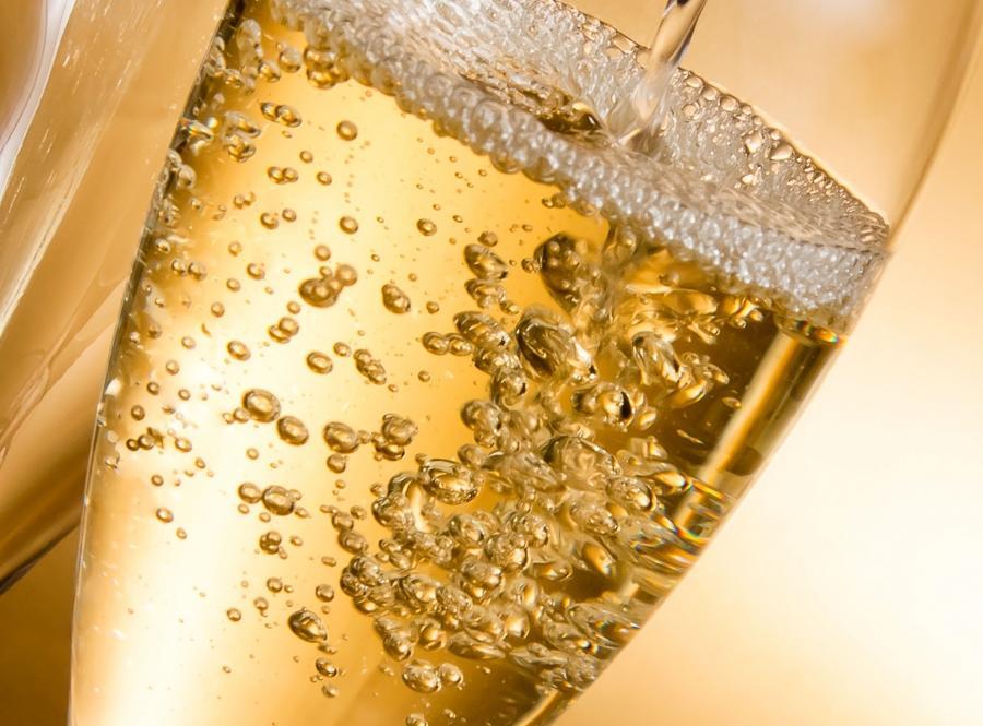 2.Unikaj szampana i prosecco