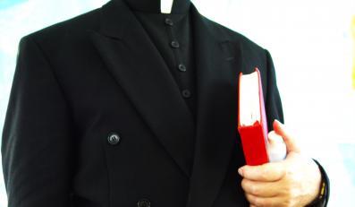 Czeski rząd może obniżyć duchownym pensje o 10 proc.