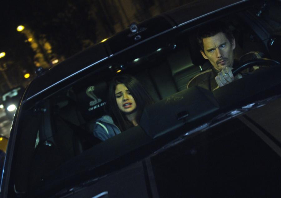 Selena Gomez i Ethan Hawke w filmie \