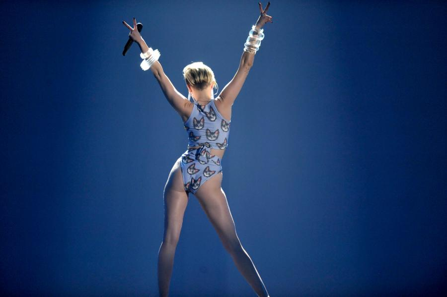Wykorzystywana Miley Cyrus?