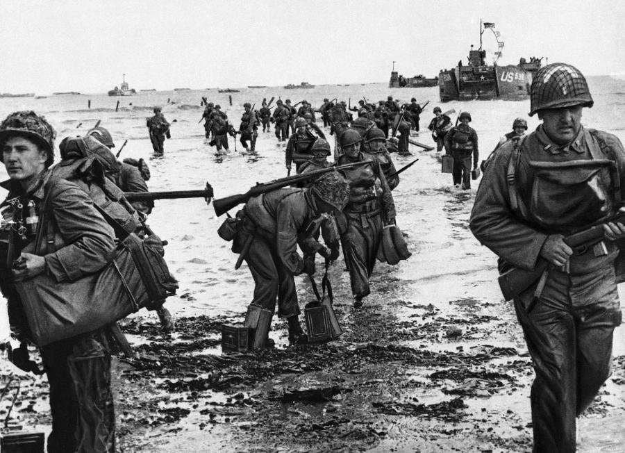 Lądowanie na plaży w Normandii w czerwcu 1944 roku