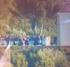 Amatorskie zdjęcie z uroczystości ślubnych Kanye Westa i Kim Kardashian na Twitterze