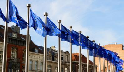 Europejskie flagi w Brukseli