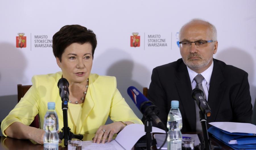 Prezydent Warszawy Hanna Gronkiewicz-Waltz oraz dyrektor Biura Polityki Zdrowotnej m. st. Warszawy Dariusz Hajdukiewicz