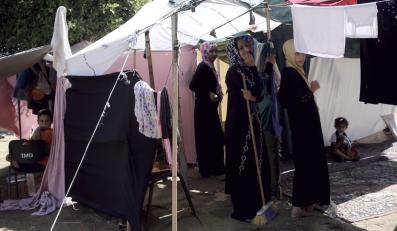 Palestyńczycy mieszkają w namiotach