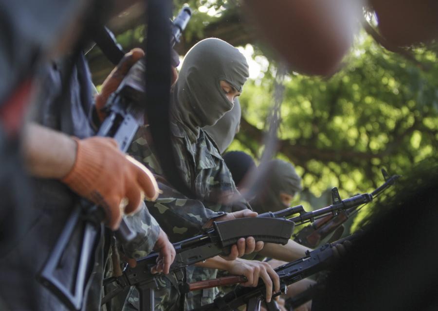 Ćwiczenia ukraińskich ochotników w Mariupolu