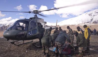 Polacy wśród ofiar zamieci i lawiny pod Annapurną w Nepalu