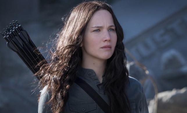"""Jennifer Lawrence w filmie """"Igrzyska śmierci: Kosogłos. Część 1"""""""