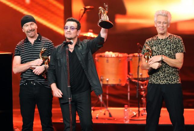 The Edge, Bono i Adam Clayton odebrali Bambi Awards 2014