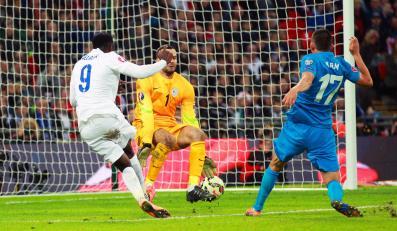 Danny Welbeck strzela gola dla Anglii