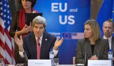 John Kerry i Federica Mogherini