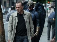 """""""Birdman"""" prawie jak superbohater. Oscarowy faworyt jużw Polsce [ZDJĘCIA]"""
