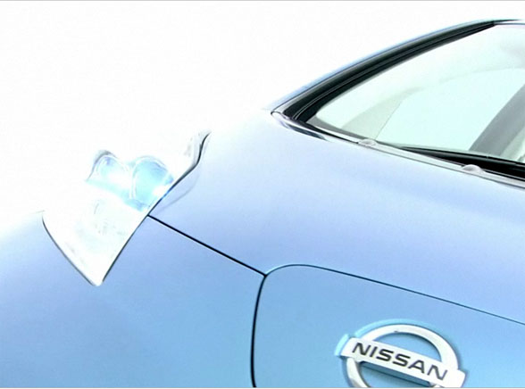 Elektryczny Nissan wjedzie pod osłoną nocy