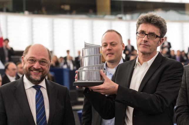 Martin Schulz i Paweł Pawlikowski na specjalnej sesji Parlamentu Europejskiego