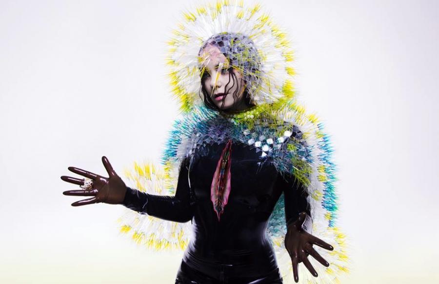 Björk nagrała \