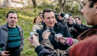 """Robert Więckiewicz w filmie """"Ziarno prawdy"""""""
