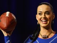 Piękna cheerleaderka Katy Perry, lwy i rekiny. Będzie się działo! [ZDJĘCIA]