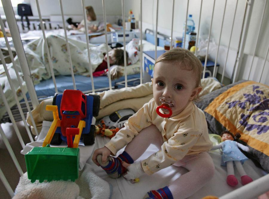 Lekarze alarmują: Jest za mało pediatrów