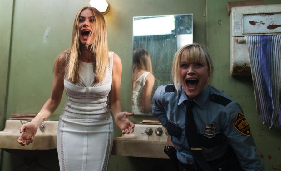 Reese Witherspoon i Sofia Vergara w filmie \