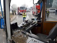 13 osób poszkodowanych po zderzeniu ciężarówki z tramwajem w centrum Krakowa