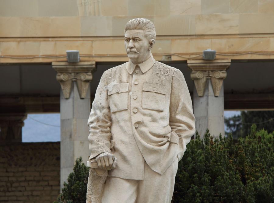 JÓZEF STALIN. Pomnik przywódcy ZSRR w Gori