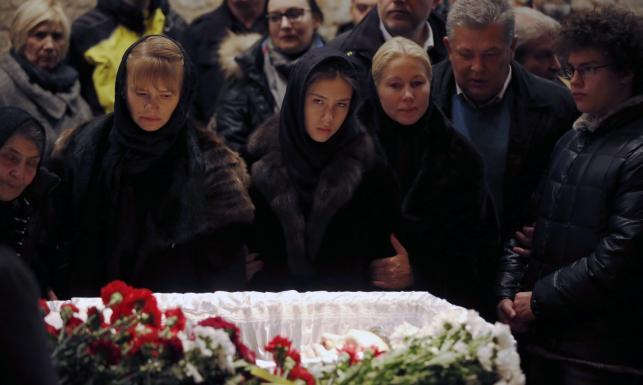 Polska delegacja na pogrzebie Niemcowa. Odczytali list Borusewicza. ZDJĘCIA