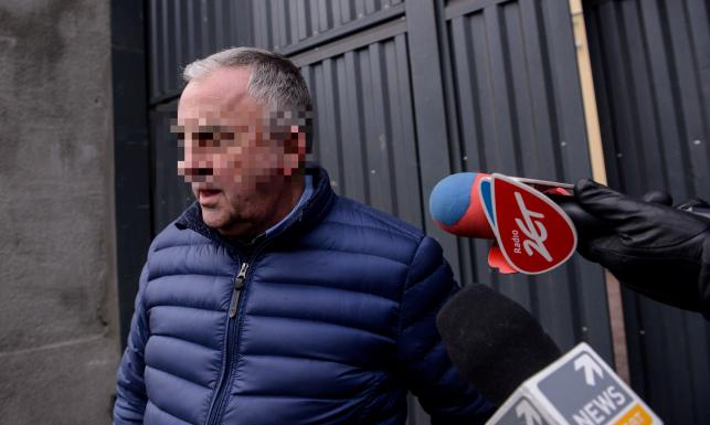 Mirosław P. wychodzi na wolność. Zobacz, jak opuszczał areszt. ZDJĘCIA