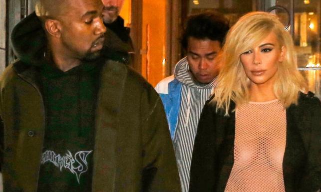 Ona nie zna umiaru. Kim Kardashian półnago na ulicach Paryża