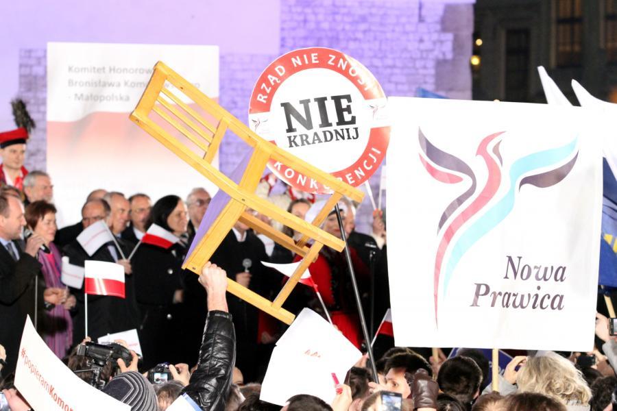 Mężczyzna chciał rzucić krzesłem w prezydenta Komorowskiego