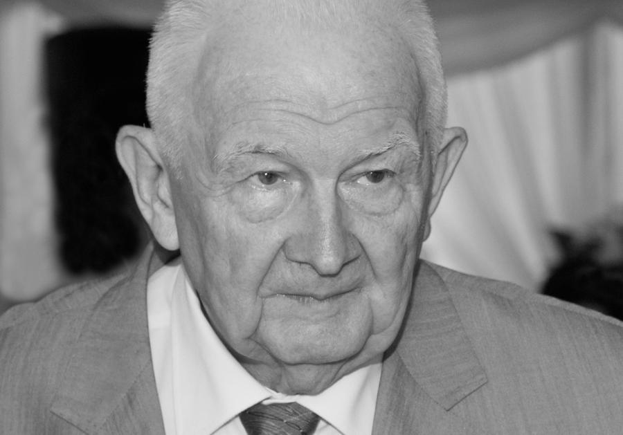 Prof. Andrzej Ajnenkiel