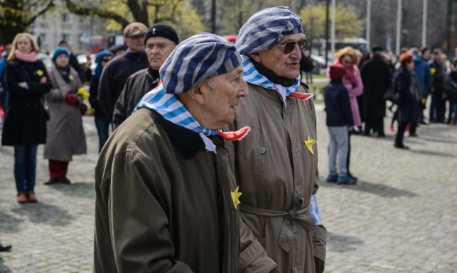 Warszawa oddała hołd bohaterom z getta. 72 lata po powstaniu. ZDJĘCIA
