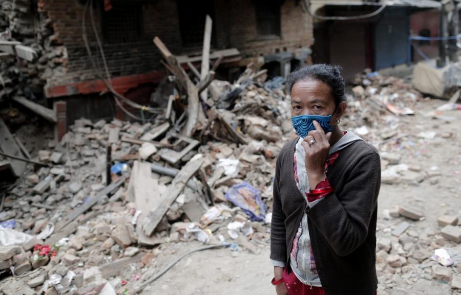 Trzęsienie ziemi w Nepalu. Rośnie bilans zabitych