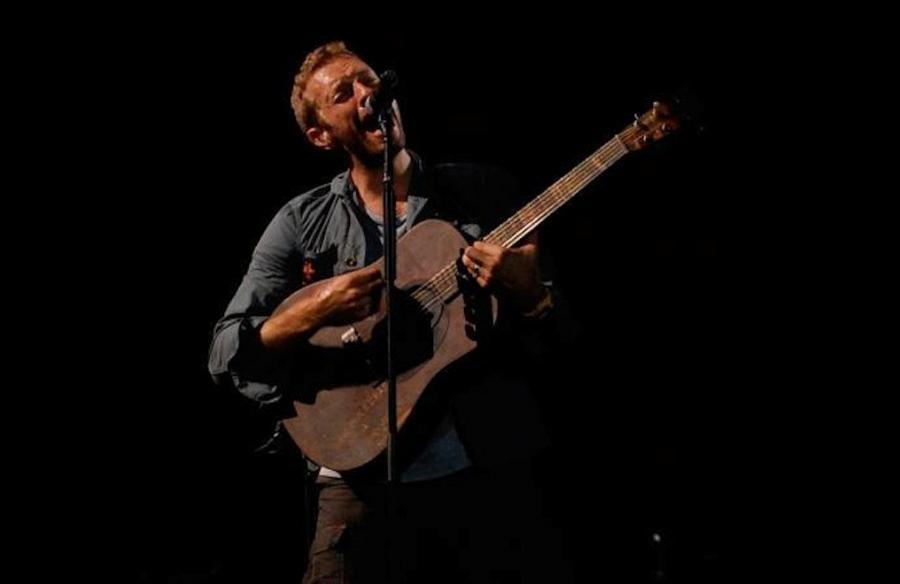 Zdjęcie z koncertu na gdyńskim Open\'erze, które Coldplay umieścił na swoim Facebooku