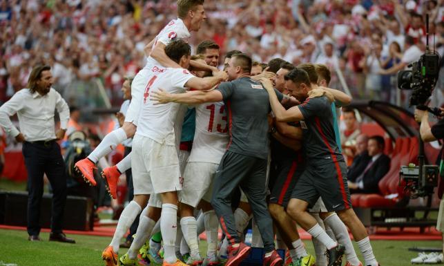 El. ME 2016: Cudowny gol Milika. Hat-trick Lewandowskiego. Polska - Gruzja 4:0! ZDJĘCIA