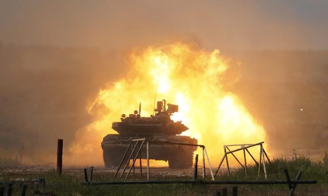 Czołgi, śmigłowce, wyrzutnie rakiet. Rosjanie pokazali, czym prowadzą wojnę. ZDJĘCIA