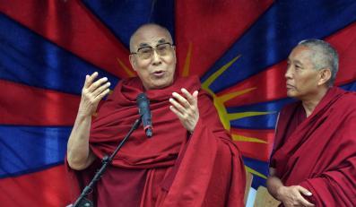 Dalai Lama na Glastonbury 2015
