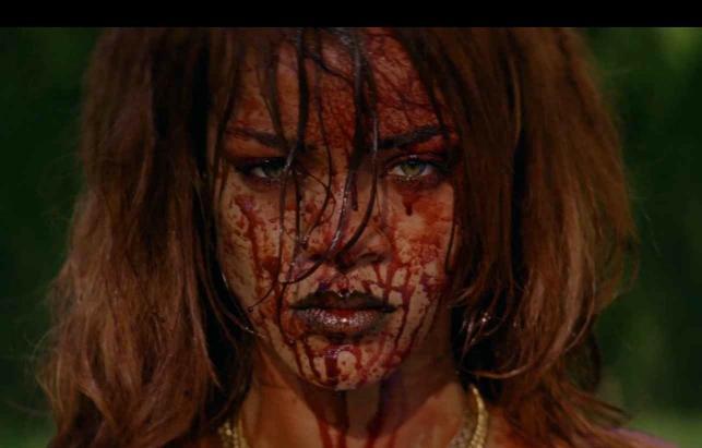 Rihanna szokuje w nowym klipie