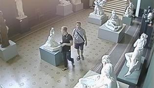 Złodzieje w kopenhaskim muzeum (Zdj. duńska policja)