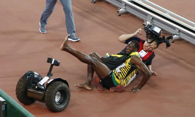 Kamerzysta chińskiej telewizji rozjechał Usaina Bolta. Dosłownie! ZDJĘCIA