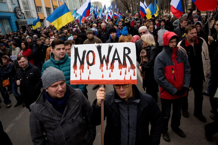 Antywojenna demonstracja na ulicach Moskwy