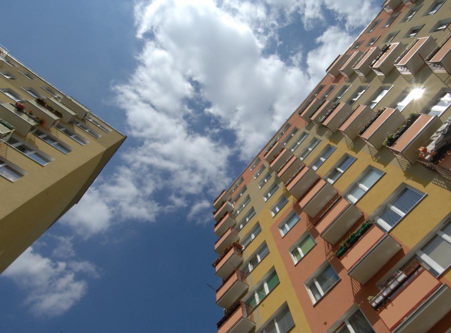 Spółdzielnie przestaną wyprzedawać mieszkania za grosze