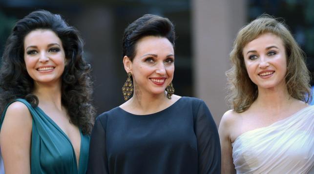 Kinga Dębska, Maria Dębska i Gabriela Muskała na rzymskim czerwonym dywanie
