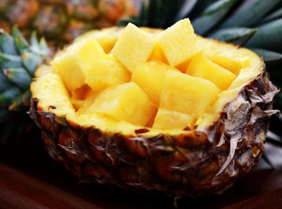 Ananas zapobiega wypadaniu włosów