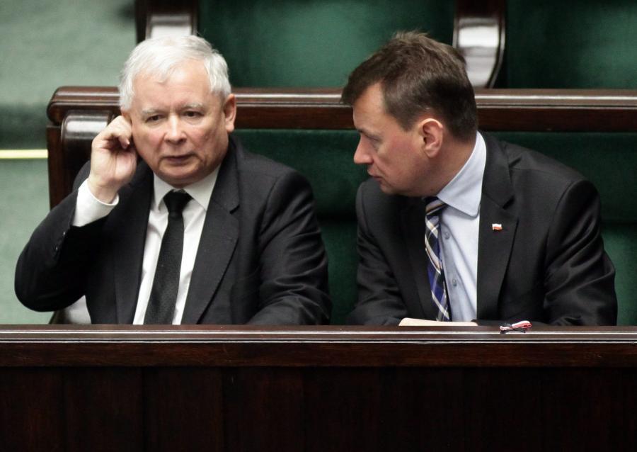 Jarosław Kaczyński i Mariusz Błaszczak w ławach sejmowych