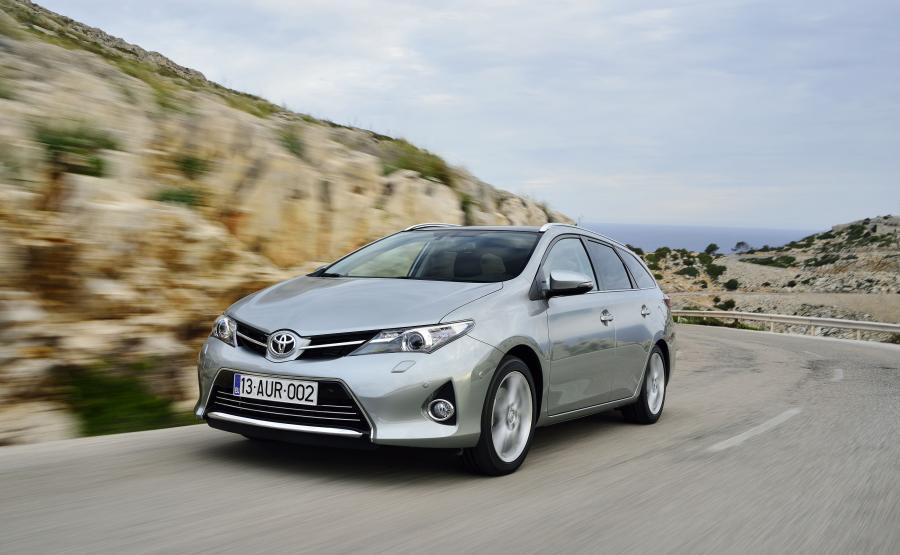 Toyota auris - 7. miejsce
