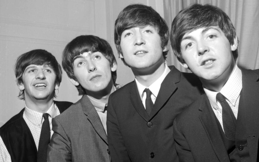 "Pod choinkę: The Beatles ""1+"""