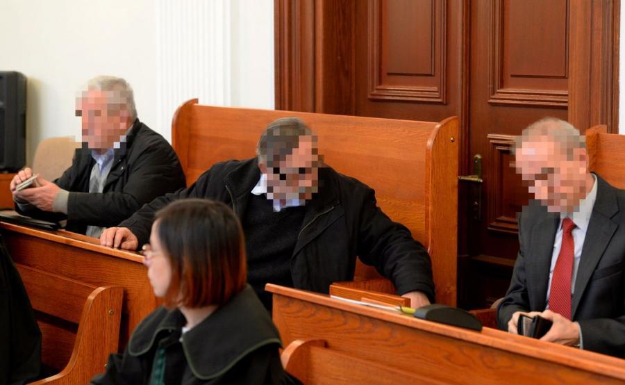 Funkcjonariusze SB na ławie oskarżonych