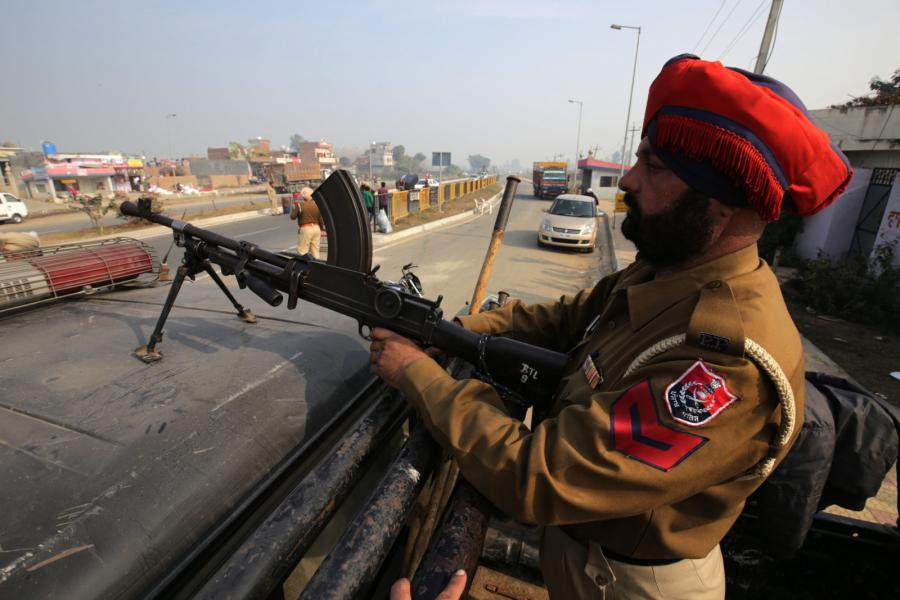 Indyjski policjant