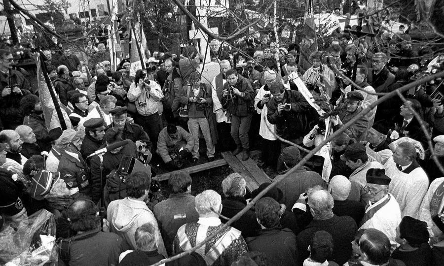 Pogrzeb księdza Stefana Niedzielaka na warszawskich Powązkach